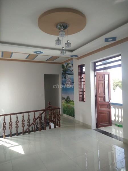 Cần bán nhanh nguyên căn 1 trệt, 3 lầu, chính chủ, dtsd 100m2, hẻm Trần Minh Quyền, Quận 4, giá 1.9 tỷ, 100m2, 4 phòng ngủ, 4 toilet