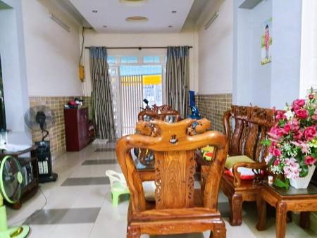 Có nhà trống đường Bà Hom, Quận 6, dtsd 80m2 (4.2mx 18.8m), giá 6.6 tỷ, 80m2, 3 phòng ngủ, 3 toilet