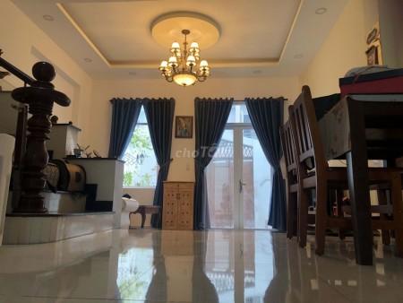 Nguyên căn nằm trong hẻm 86/23 Hà Huy Giáp, Quận 12 cần bán giá 5.9 tỷ, dtsd 260m2, 260m2, 5 phòng ngủ, 4 toilet