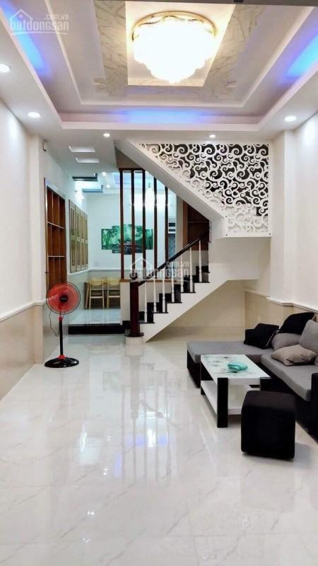 Bán nhà chính chủ mặt tiền Quận 7, dtsd 62m2, kiến trúc đẹp, 2 tầng, giá 1.22 tỷ, lh 0898438590, 67m2, ,