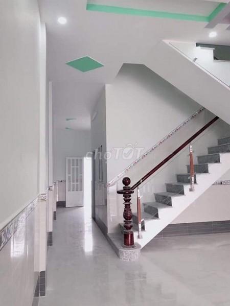 Mình cần bán nhà rộng 65m2 (5mx13m), Lê Văn Việt, Quận 9, giá 1.28 tỷ, 2 tầng, vào ở ngay, 65m2, 3 phòng ngủ, 2 toilet