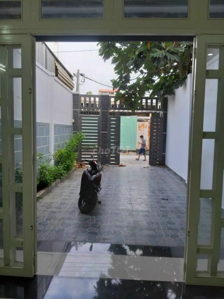 Cần bán nguyên căn rộng 160m2 (5mx12m), 1 trệt, 1 lầu, hẻm Trần Văn Mười, huyện Hóc Môn, giá 4.97 tỷ, 160m2, 4 phòng ngủ, 4 toilet