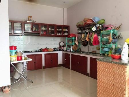 Có nhà trống Quận Tân Phú cần bán nguyên căn rộng 37.45m2, 3 tầng, giá 4.3 tỷ, lh 0933766861, 37.5m2, 3 phòng ngủ, 3 toilet
