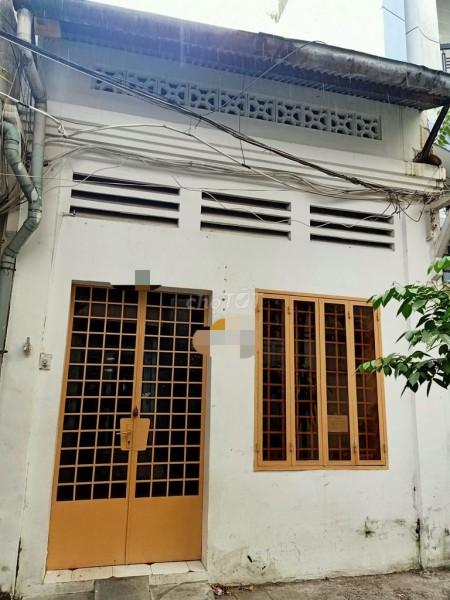 Hẻm Nguyễn Duy Dương, Quận 5 cần bán nhà rộng 70m2, giá 9.8 tỷ, có bớt lộc, LHCC, 70m2, 1 phòng ngủ, 1 toilet