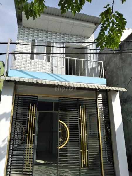 Nhà trống chính chủ rộng 31m2, 1 trệt, 1 lầu cần bán nhanh giá 950m2, bàn giao sổ ngay, 31m2, 1 phòng ngủ, 1 toilet