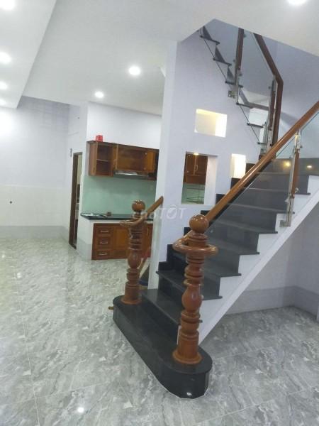 Cần bán nhanh nguyên căn rộng 2 tầng, dtsd 45m2, sàn gạch men, hẻm Lý Chiêu Hoàng, Quận 6, 45m2, ,