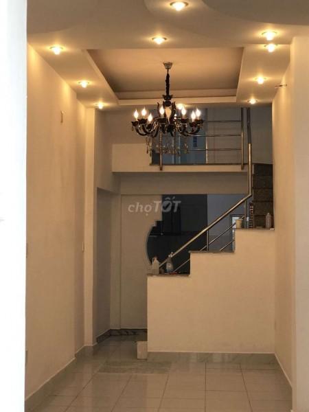 Đường số 13, Quận Thủ Đức cần bán nhanh nguyên căn 4 tầng, mới nguyên, giá 2.65 tỷ, LHCC, 180m2, 7 phòng ngủ, 3 toilet