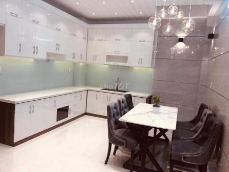 Đường lớn Luỹ Bán Bích, Quận Tân Phú cần bán nhà rộng 3 tầng, giá 4.3 tỷ, thương lượng, 35m2, ,