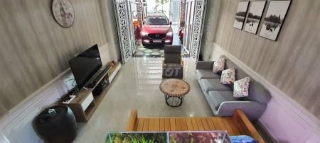 Nhà hẻm Thạnh Lộc 41, Quận 12 cần bán nhanh giá 4.5 tỷ, 1 trệt, 3 tầng, kiến trúc Bắc Âu, 80m2, 3 phòng ngủ, 4 toilet
