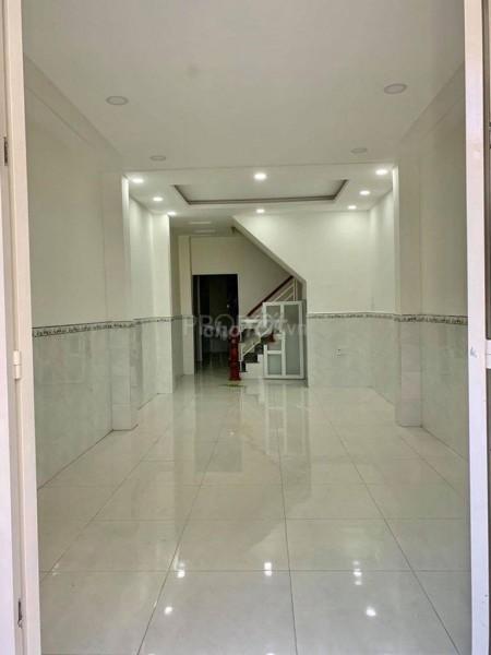 Nguyên căn chính chủ cần bán rộng 137.2m2, thiết kế thông minh, giá 7 tỷ, hẻm Hồng Bàng, Quận 11, 137.2m2, 4 phòng ngủ, 4 toilet