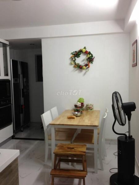 Cần bán nhà lấy tiền trả nợ, thông thoáng, rộng 33m2, 1 trệt, 1 lầu, hẻm Huỳnh Văn Bánh, Quận Phú Nhuận, 33m2, 2 phòng ngủ, 2 toilet
