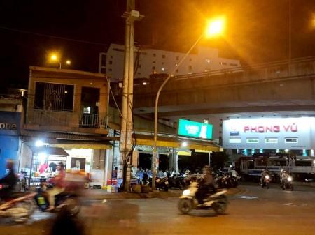 Bán gấp nhà Mặt tiền Huỳnh Tấn Phát, Phường Tân Phú, 4.5x16m, Giá: 10,3 tỷ, HĐT, 70m2, 3 phòng ngủ, 3 toilet