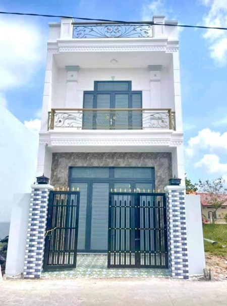 Bán nhà chính chủ huyện Bình Chánh rộng 90m2, 2 tầng, hổ trợ vay, giá 1.4 tỷ, lh 0582875689, 90m2, ,