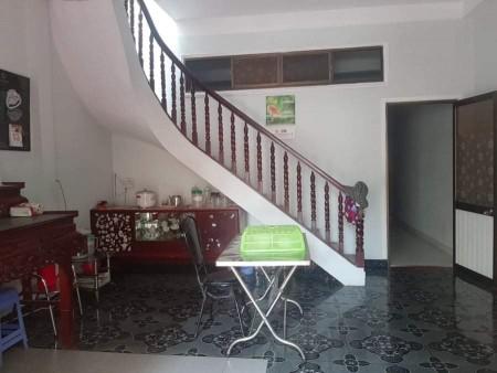 Chủ bán nhà mới 1 đời chủ, dtsd 137m2, 1 trệt, 1 lầu, 5 PN, mt Tản Viên, Quận Tân Bình, giá 3.5 tỷ, 137m2, ,