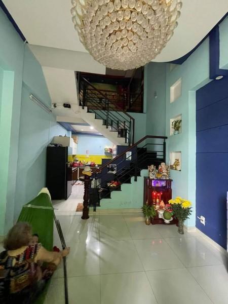 Cần tiền trả nợ bán nhanh nhà 36m2, 5 tầng, đường Nguyễn Sơn, Tân Phú, giá 4.5 tỷ, thường lượng, 36m2, ,