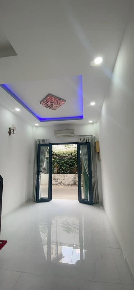 Cần bán nhà rộng 18m2, ánh sáng, giá 2.89 tỷ, 1 trệt, 1 lầu, hẻm Nguyên Hồng, Bình Thạnh, 18m2, ,