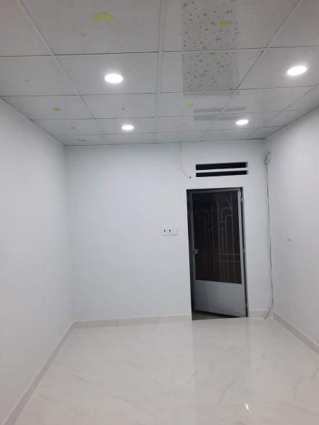 Bán nhà hẻm 687 Lạc Long Quân Tân Bình, giá tốt, nhà mới - 2 tỷ 3., 20m2, 2 phòng ngủ, 2 toilet