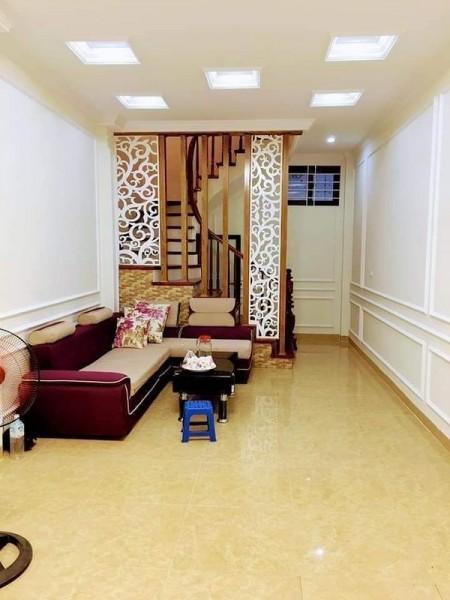 Bán nhà HXH Thành Thái Phường 14 Quận 10, 32m2, 2 tầng, Giá 5 Tỷ., 32m2, ,